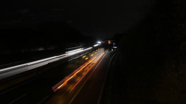 dálnice, světla, tma