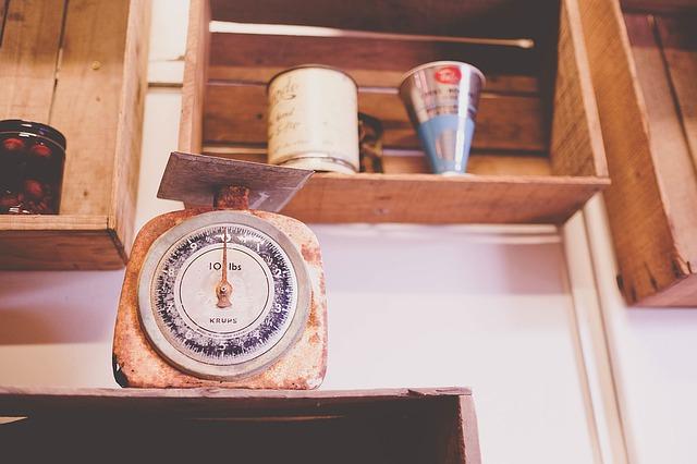 stará váha.jpg